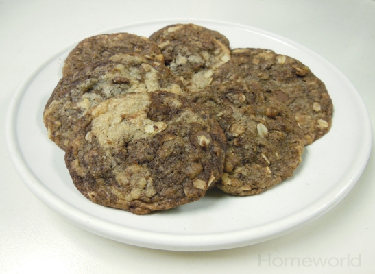 YAY! Chocolate chip oatmeal cookies!