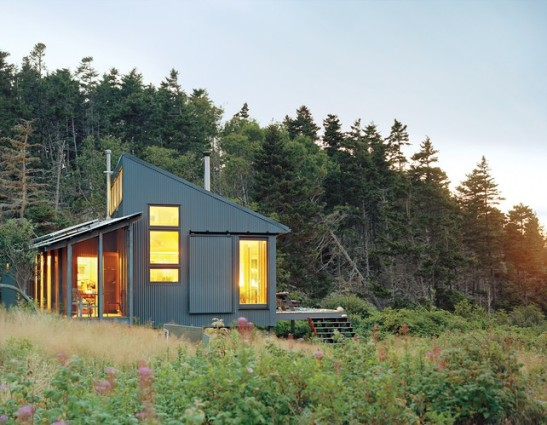 Photo source: http://inhabitat.com/tiny-off-grid-cabin-in-maine-is-completely-self-sustaining/