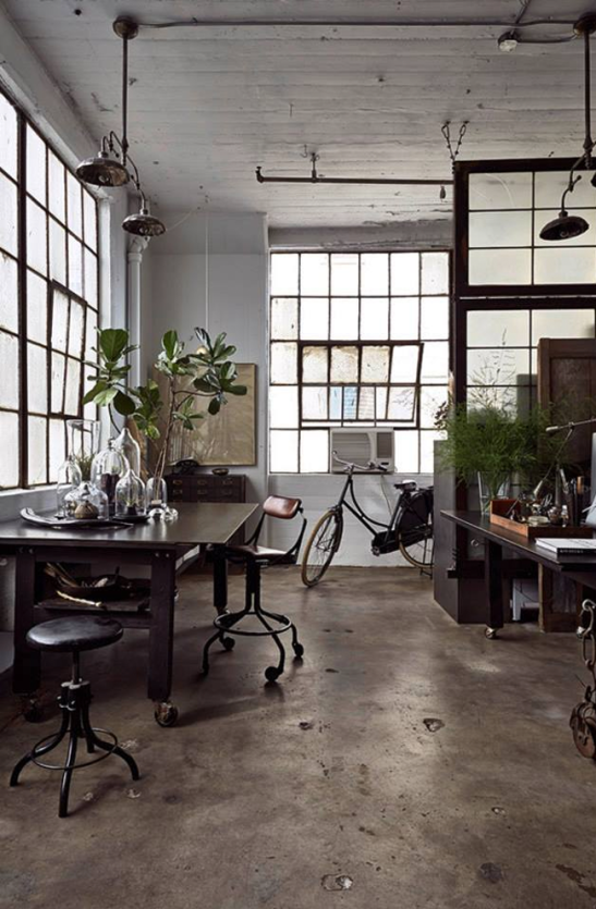 get the look industrial modern bringing together 11223 | great space in a brooklyn ny loft the workspace of artist alina preciado i spy a typical dutch bycicle via 79 ideas w 547 h 836