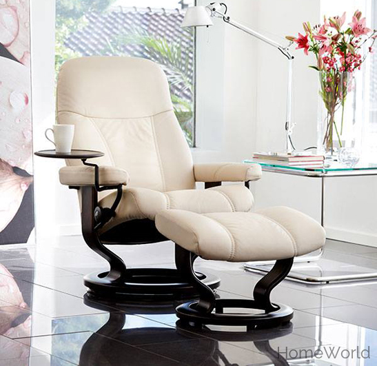 The Stressless Consul is one of Ekornes' most traditional designs.